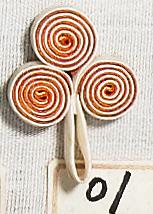 花釦 - 三盤香