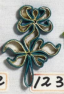 花釦 - 菊花