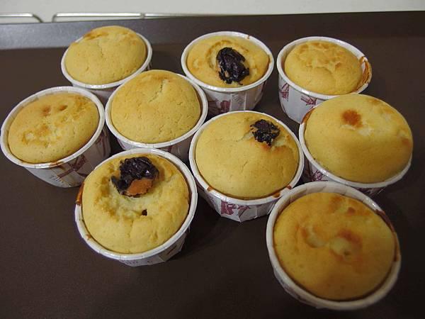 蜂蜜杯子蛋糕(鬆餅粉版)6.jpg