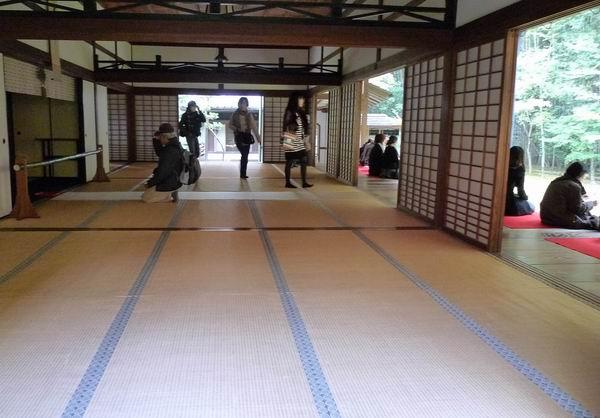 調整大小2大德寺高桐院-緣廊5.jpg