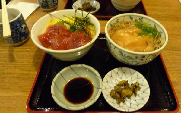 調整大小伏見庵-鮪魚蕎麥.jpg