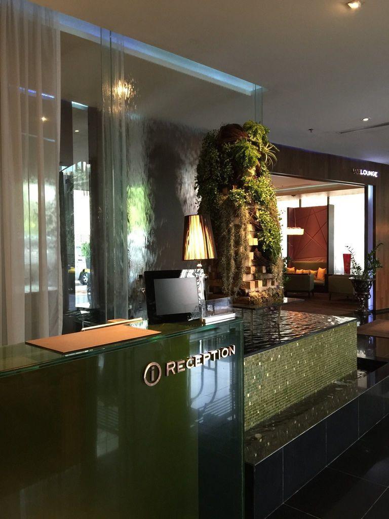0730 IMG_2779 Left Hotel UTC0700