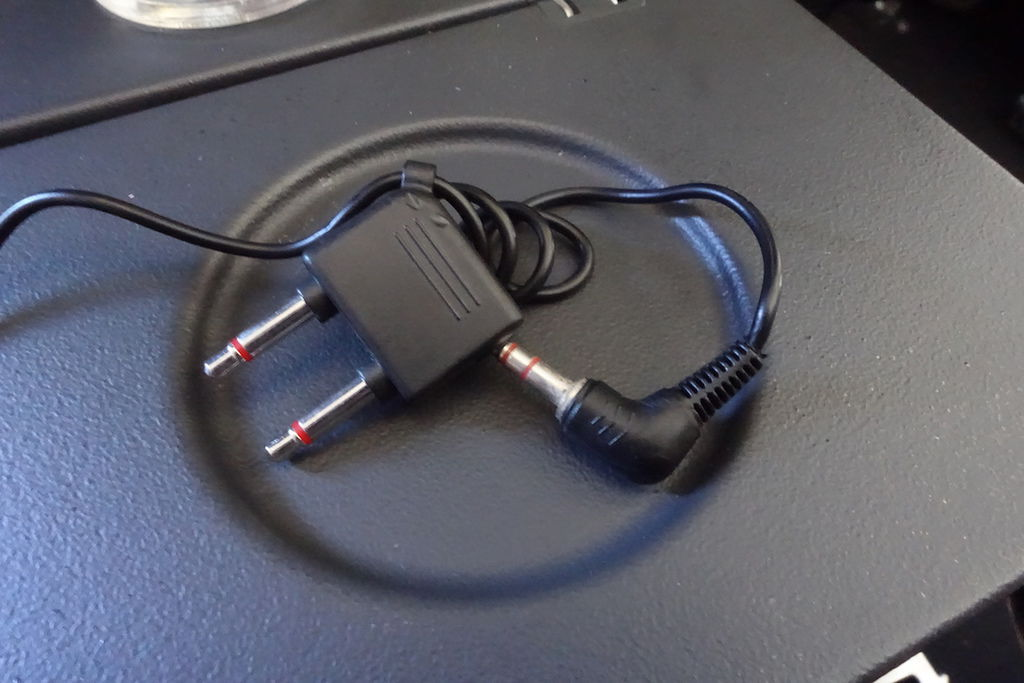 1350m DSC07637 Plug.JPG