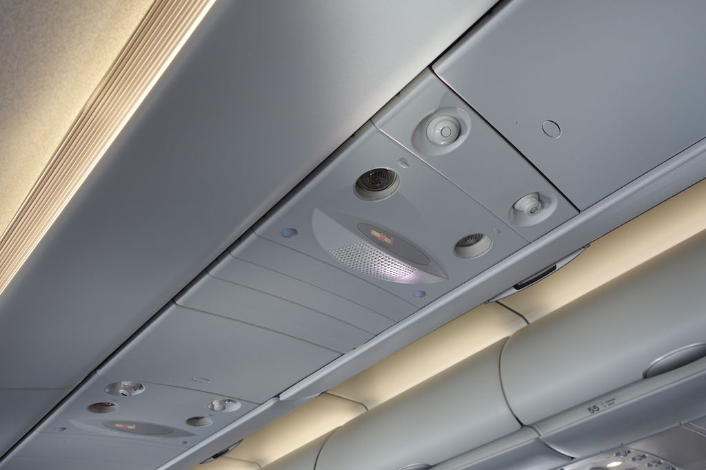 1350o DSC07563 Overhead Panel.JPG