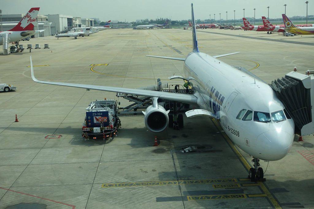 1050 DSC08187 My Aircraft - Inbound as ZV5 Outbound as ZV6.jpg