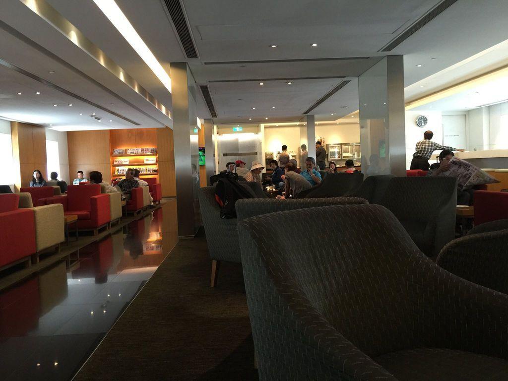 1144IMG_3709 Seating Area.jpg
