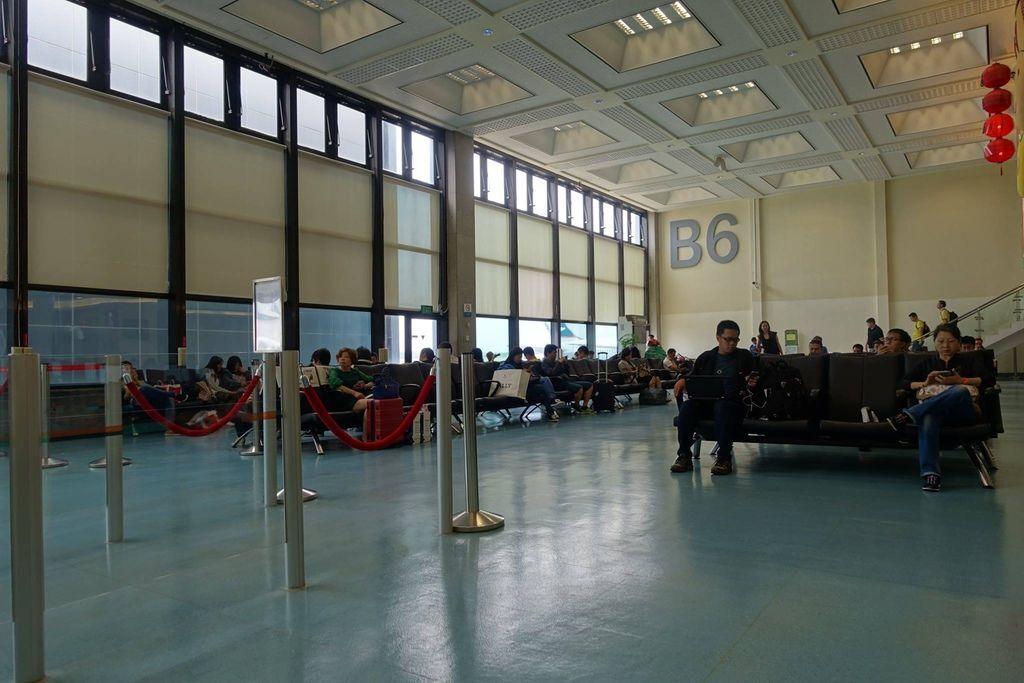 1232DSC08372 Boarding Lounge.jpg