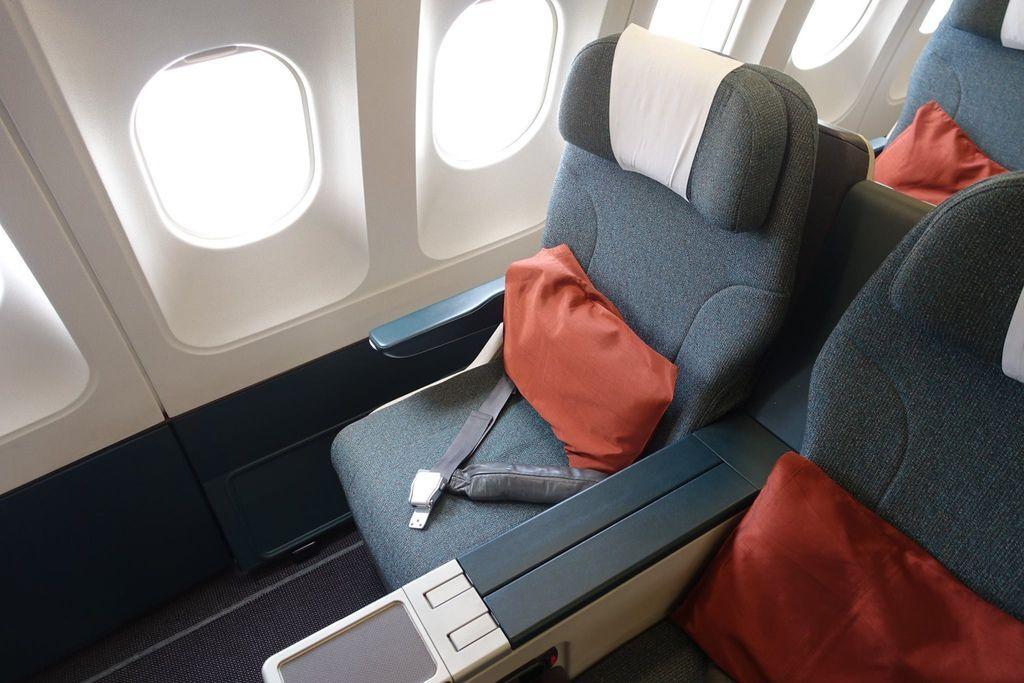 1424DSC08380 Window Seat.jpg