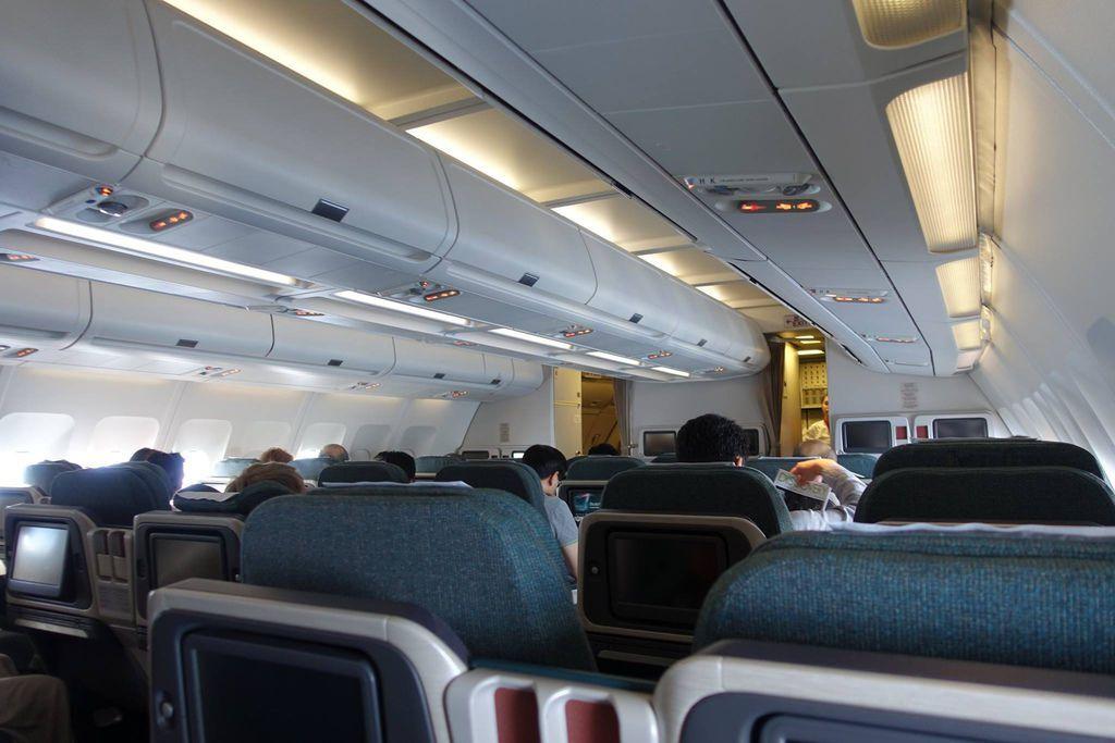 1458DSC08530 Signs On (1455 Landing Prep).jpg