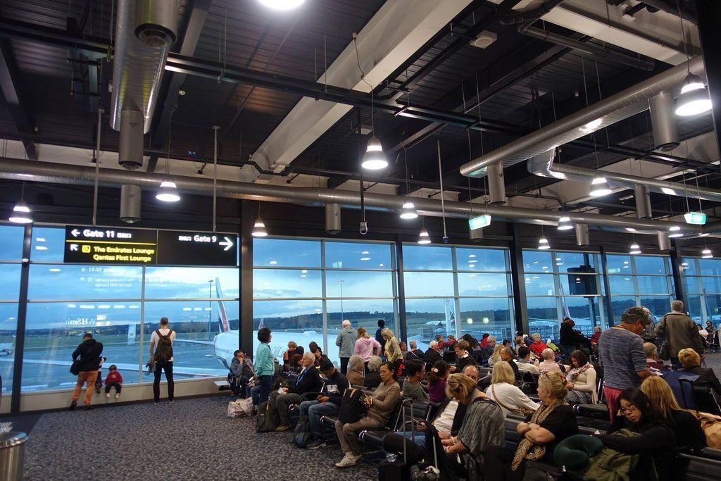 1714DSC08726 Boarding Lounge 9