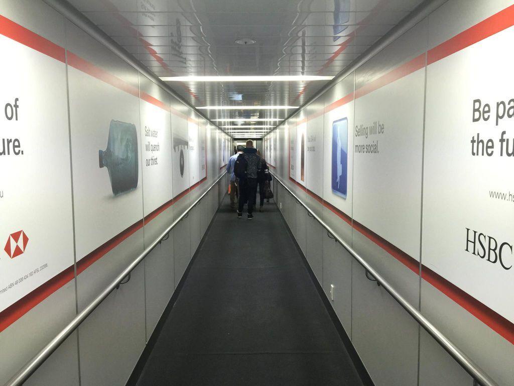 1723IMG_4308 Aerobridge