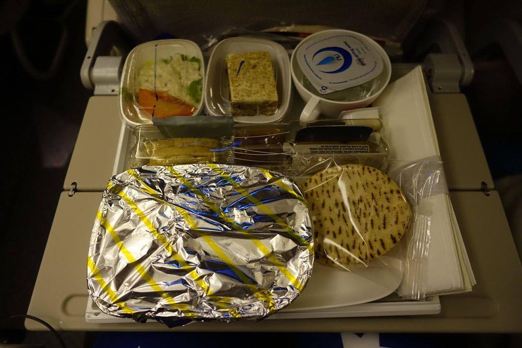 1922DSC08780 Dinner Served