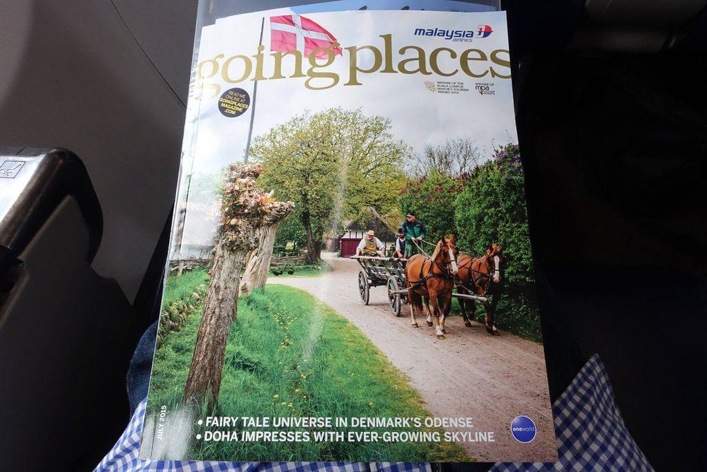 1038DSC09552 DSC09496 Magazine