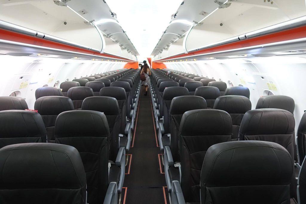 1833DSC00706 Onboard 3K A320