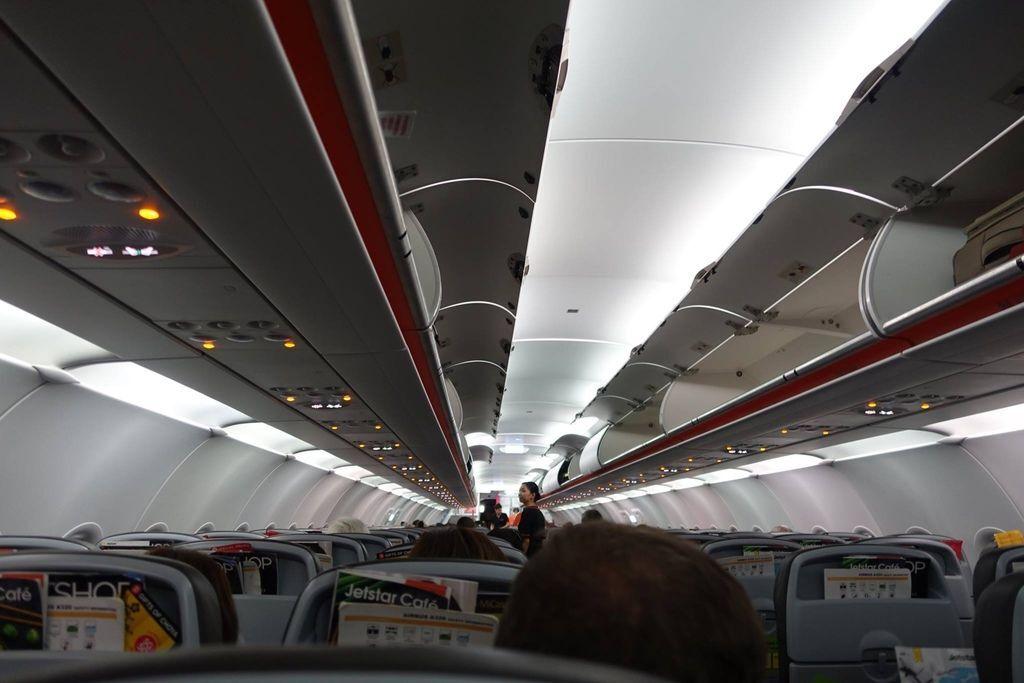 1841DSC00744 1849h Boarding Still in Progress