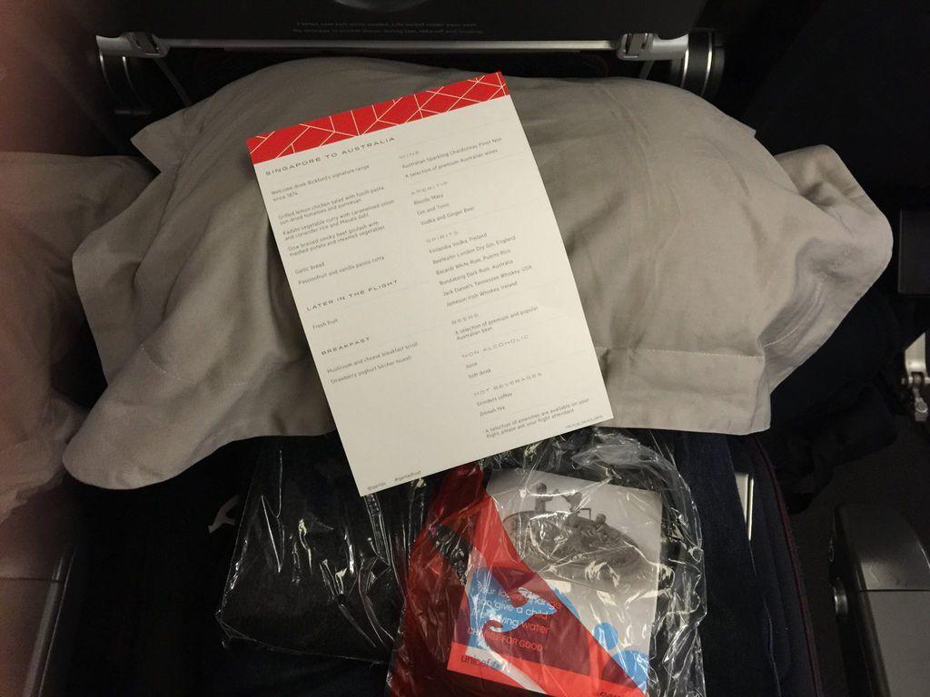 2043 IMG_7968 Amenities on Seat