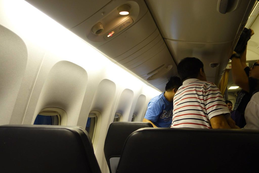 0512 DSC05846 Disembarking