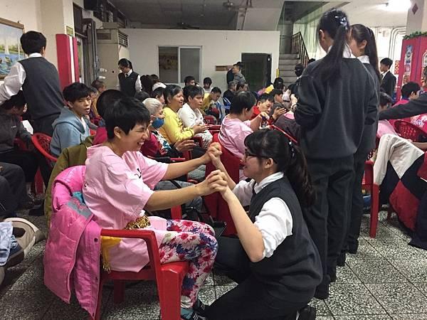 3.18慈濟高中團康活動_170318_0019.jpg