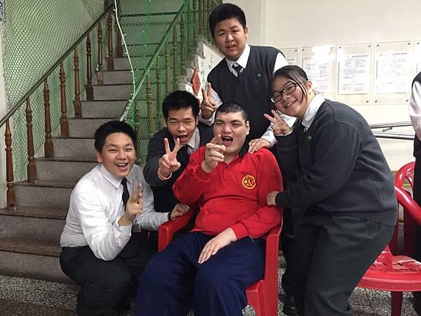 3.18慈濟高中團康活動_170318_0030.jpg