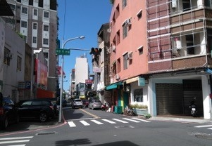 領事府衛民街與萬昌街口兩側乃為舊址3.jpg