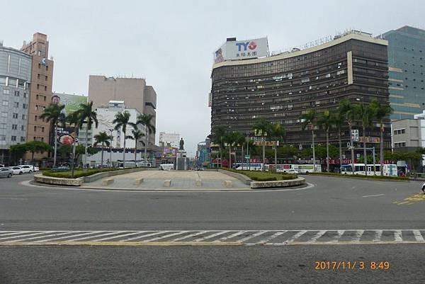 正音書院當時設置臺灣縣署之左,乃今臺南火車站前(成功路路一帶)。.jpg