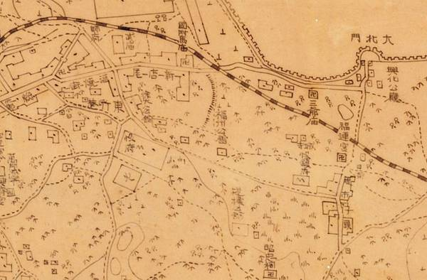 1896年﹤臺南府迅速測圖﹥中的興化公廳、福州公廳.jpg