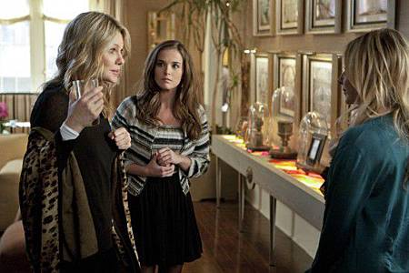 Ringer-If-Youre-Just-An-Evil-Bitch-Then-Get-Over-It-Episode-20-3-550x366