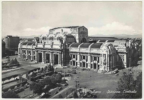800px-MI-Milano-1964-stazione-centrale