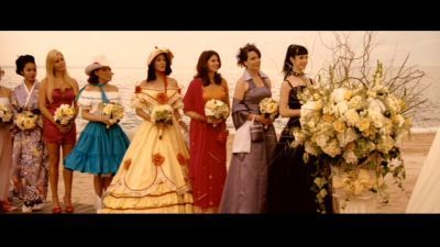 27-Dresses-krysten-ritter-3227205-400-225