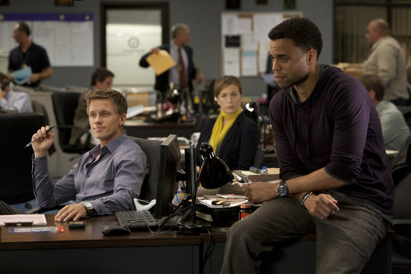 Sonya-Walger-Warren-Kole-and-Michael-Ealy-in-COMMON-LAW-Episode-1.01-Pilot
