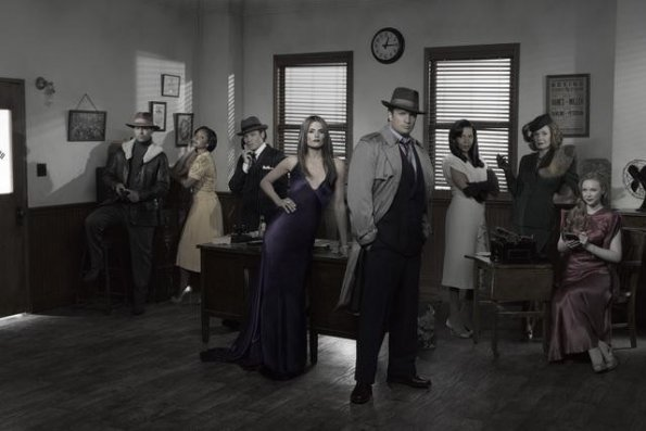 Season-4-Cast-Promotional-Photos-castle-24799088-595-397