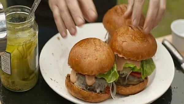 burger-crop_A0