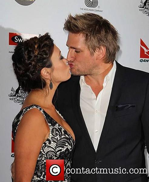 curtis-stone-lindsay-price-gday-usa-black_20056547