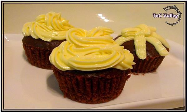 wacky cupcake 014