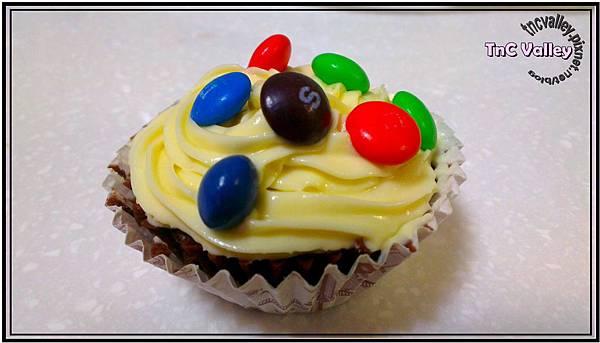 wacky cupcake 015