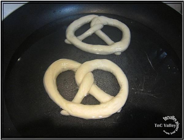 pretzel 014