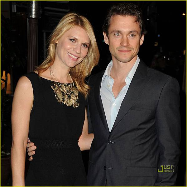 claire-danes-hugh-dancy-chanel-charles-finch-pre-oscar-dinner-04