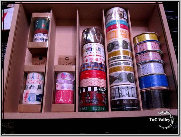 tape 001.jpg