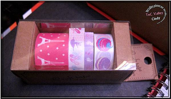 tape 022.jpg