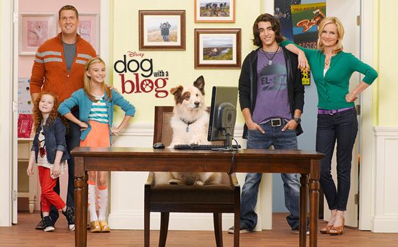 Dog.with.a.Blog.S01E01.jpg