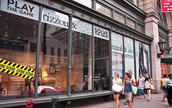 rizzoli-isles-storefront