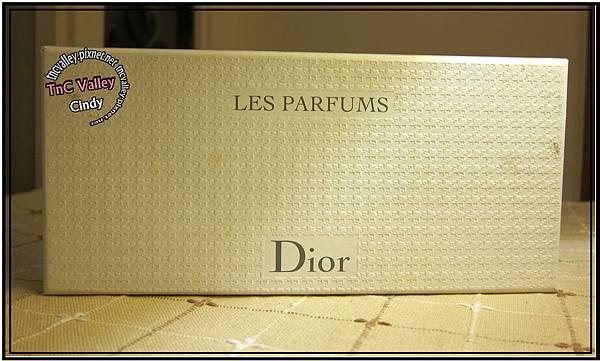 perfume 001.jpg