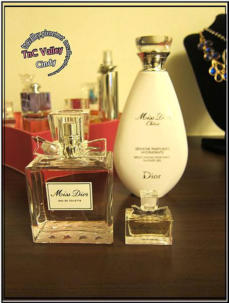 perfume 012.jpg