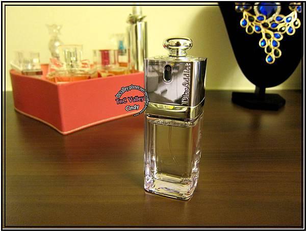 perfume 013.jpg