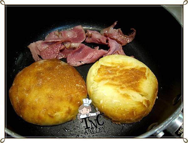 English muffins 016.jpg
