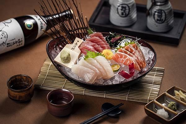 煉‧瓦_2019Q2主題式吃到飽新菜色_綜合生魚片.jpg