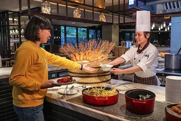 台南大皇冠假日酒店-元素餐廳.jpg