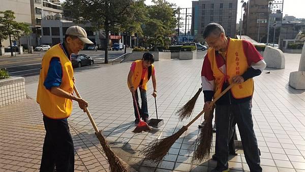 10-28全國志工清掃活動日(美學館)_171205_0004.jpg