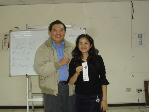 10 The Best Table Topics Speaker - Wini Kao.JPG