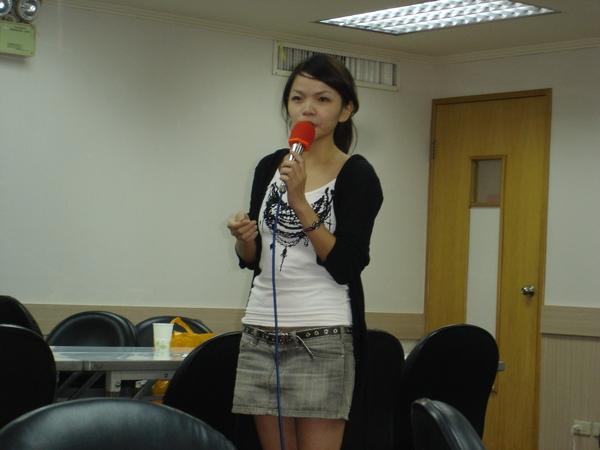 18 Singing Show - Karen Hsueh.JPG